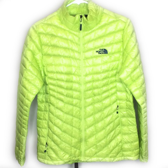 The North Face Womens Light Weight Puffer Jacket M 1b5fa882a